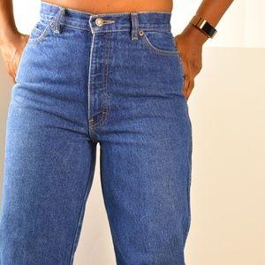 Calvin Klein Mom Jeans Size 26 High Waist Vintage